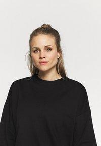 Cotton On Body - LONG SLEEVE CREW - Sweatshirt - black - 3
