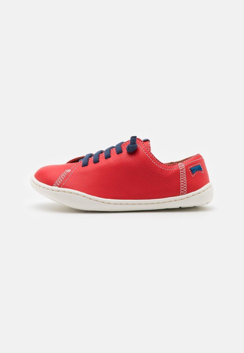 Camper - PEU CAMI  - Volnočasové šněrovací boty - bright red