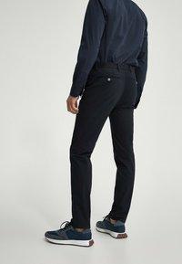 Massimo Dutti - SLIM FIT - Chinos - blue-black denim - 2