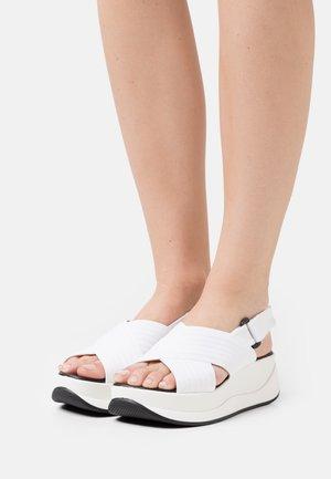 PETUNIA - Platform sandals - blanco