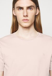 Les Deux - AUSTIN - Basic T-shirt - dusty rose - 3