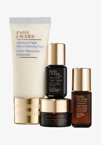 Estée Lauder - ADVANCED NIGHT REPAIR STARTER SET - Set de soins du visage - - - 0