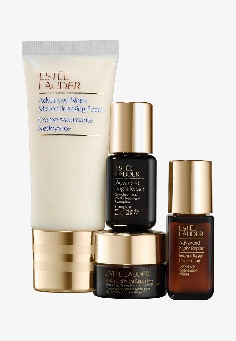 Estée Lauder - ADVANCED NIGHT REPAIR STARTER SET - Set de soins du visage - -