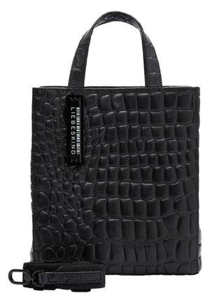 MIT KROKOPRÄGUNG - Handtasche - black