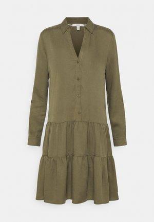 DRESS - Korte jurk - khaki green