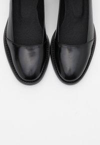 NAE Vegan Shoes - LOLA VEGAN - Avokkaat - black - 5