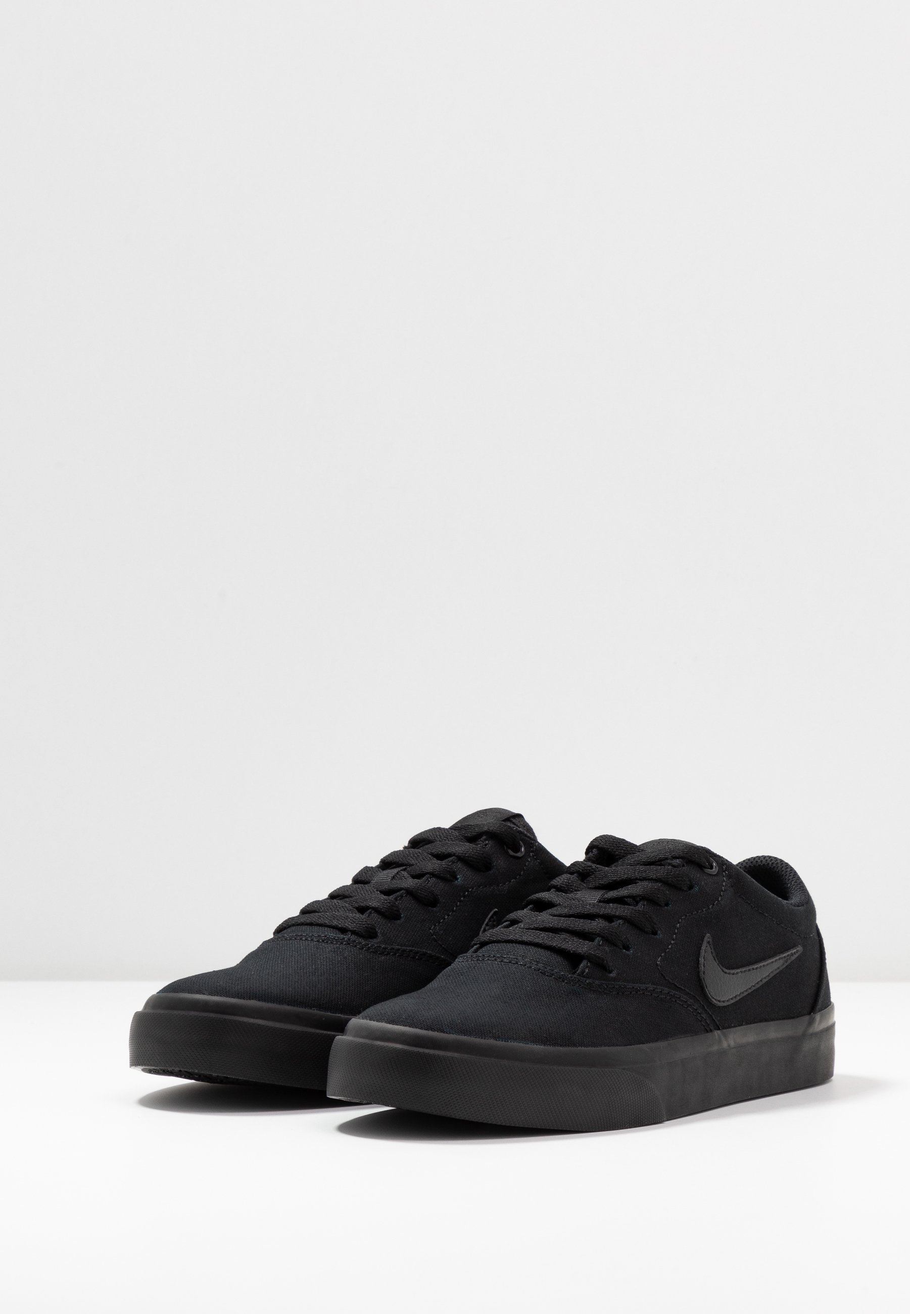 Nike SB CHARGE Sneaker low black/schwarz