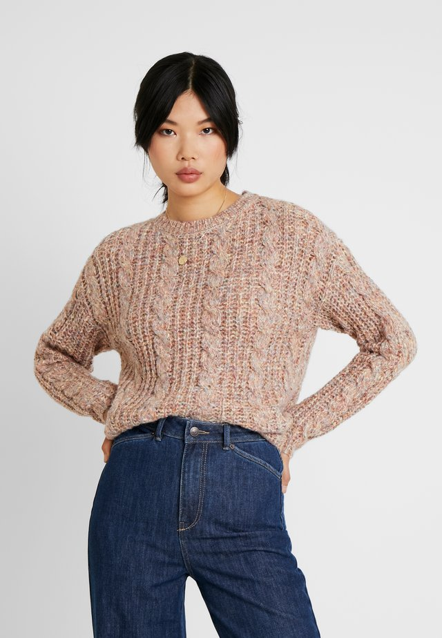 FRIENDLY CABLE BLOUSE  - Neule - sepia rose/comb