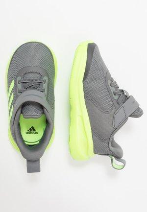 FORTARUN KIDS NEXT SPORTS SHOES UNISEX - Neutrální běžecké boty - grey four/signal green/footwear white