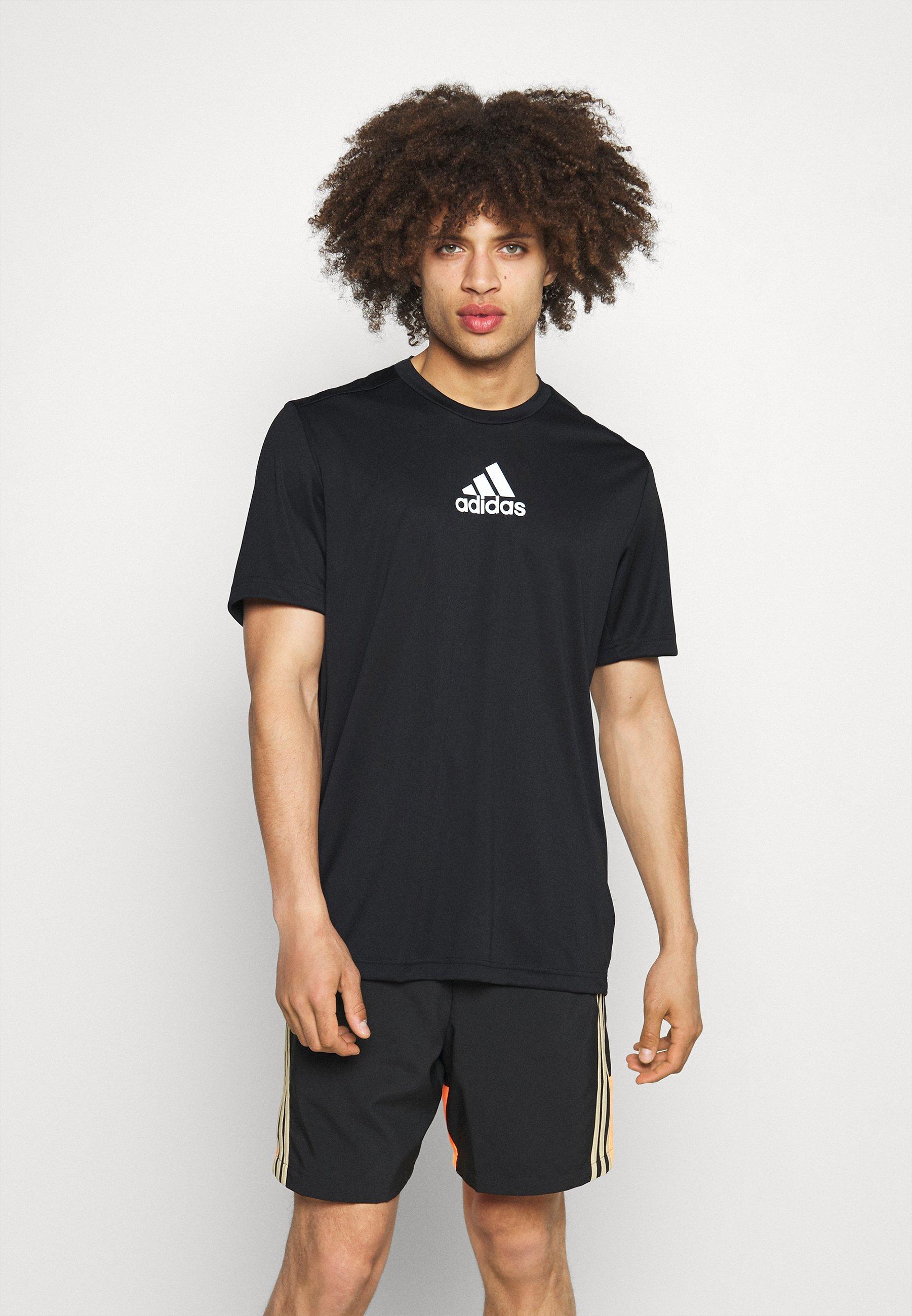 Men 3 STRIPES BACK DESIGNED 2 MOVE AEROREADY - Print T-shirt