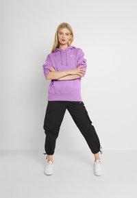 Nike Sportswear - HOODIE TREND - Sweater - violet shock/white - 1