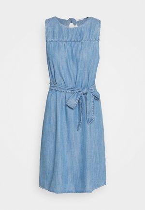 DRESS - Jeansklänning - blue light wash