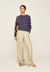 Pepe Jeans - JEANNE - Sweter - dunkel ozaen blau - 1