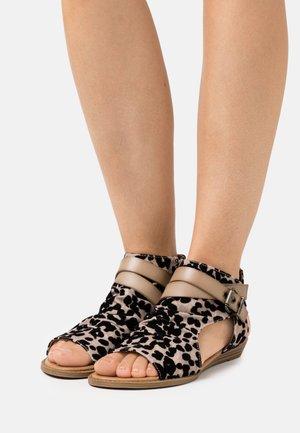 BALLA4EARTH - Ankle cuff sandals - sand