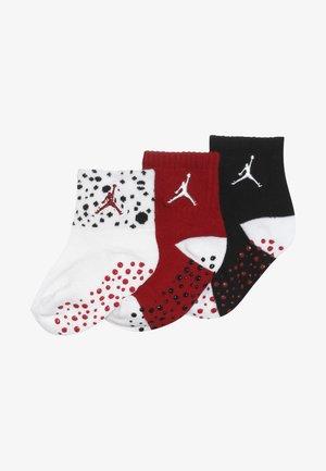 CEMENT INFANT TODDLER ANKLE 3 PACK - Sportovní ponožky - white