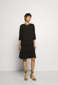 Moss Copenhagen - VERONA DRESS - Denní šaty - black - 1