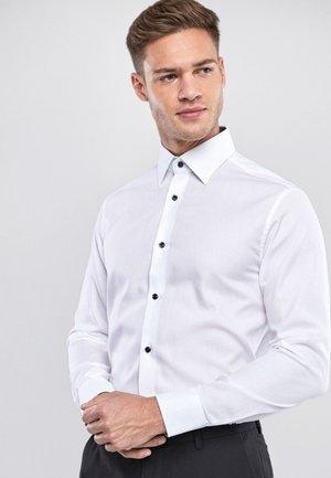SIGNATURE TEXTURED - Camicia elegante - white