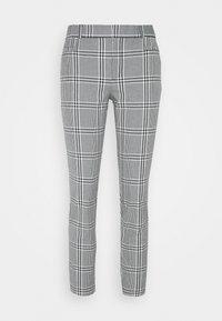 Banana Republic - CURVY SLOANKIKIPLAID - Trousers - black/blanco - 0