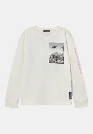 LONG-SLEEVED ARTWORK  - Pitkähihainen paita - off white