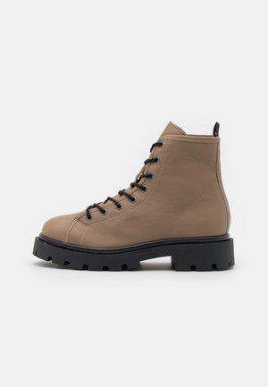 SLFEMMA  - Platform ankle boots - tigers eye