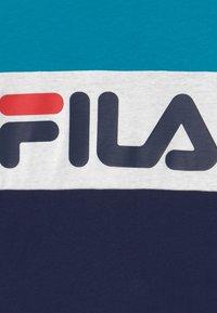 Fila - MARINA BLOCKED TEE - T-shirt imprimé - black iris/capri breeze/bright white - 3