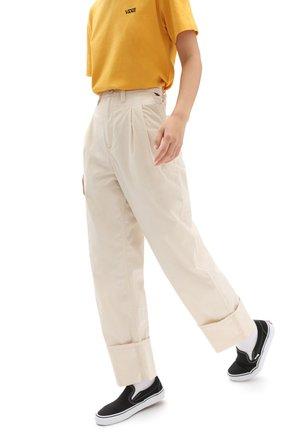 KELLER - Trousers - sandshell