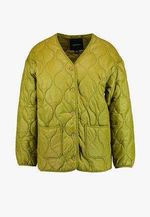 ISA LINER JACKET - Lehká bunda - green