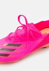 adidas Performance - X GHOSTED.1 FG UNISEX - Tekonurmikengät - shock pink/core black/screaming orange - 5