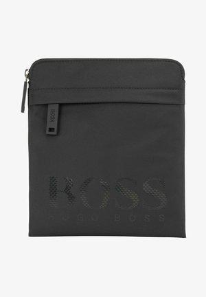 MAGNL - Across body bag - black