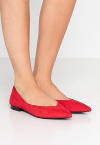 Chatelles - AMEDEE POINTY - Bailarinas - red - 0