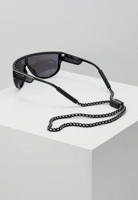 Marc Jacobs - Lunettes de soleil - black - 2
