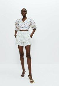 Uterqüe - Shorts - white - 3