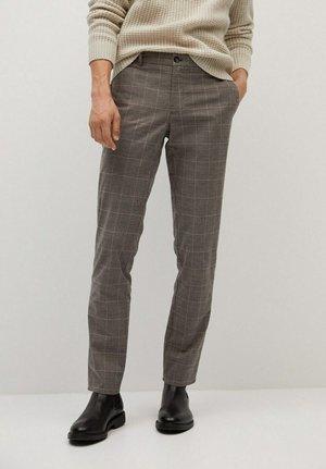 BREST - Pantaloni - braun