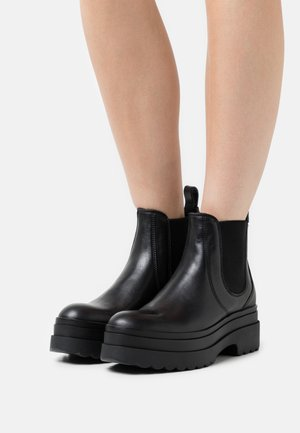 CHELSEA BOOTIE - Platform ankle boots - nero