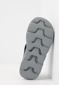 Skechers - HYPNO-SPLASH - Outdoorsandalen - black/turquoise/purple - 4