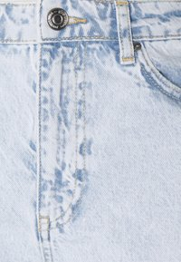 Gina Tricot - DAGNY MOM  - Relaxed fit -farkut - bleached blue - 5