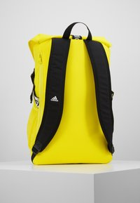 adidas Performance - Reppu - shock yellow/black/white - 2