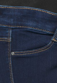 Dorothy Perkins Maternity - OVERBUMP FRANKIE - Jeans Skinny Fit - indigo blue wash - 2