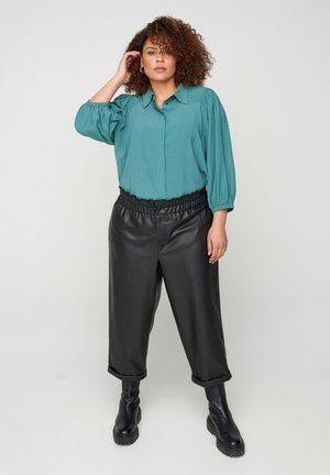 3/4-LENGTH PUFF SLEEVES - Button-down blouse - green