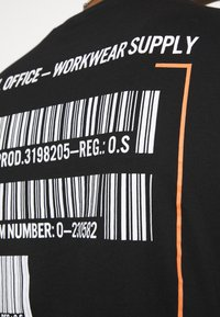 Only & Sons - ONSMILO LIFE TEE - T-shirt med print - black - 4