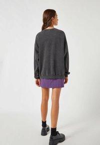PULL&BEAR - Sweatshirt - mottled dark grey - 2