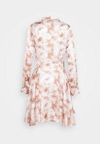 Missguided - PRINTED BUTTON THROUGH SHIRT DRESS - Shirt dress - pink - 1