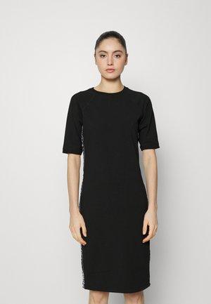 CREW NECK DRESS FLIP LOGO TAPING - Jersey dress - black/white