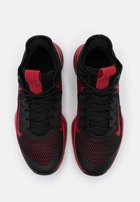 Nike Performance - LEBRON WITNESS IV - Scarpe da basket - black/gym red/university red - 3