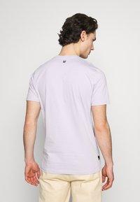 11 DEGREES - CORE  - Camiseta básica - evening haze lilac - 2