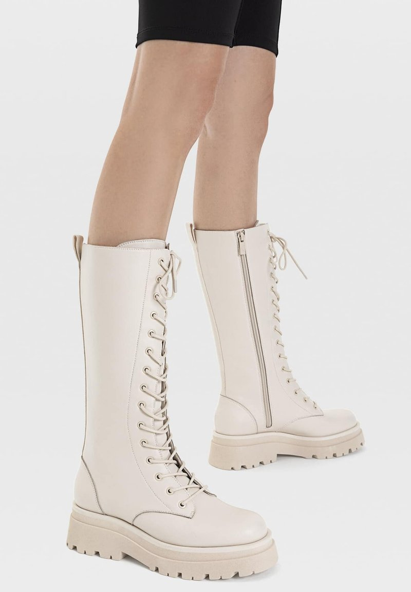 Stradivarius - Lace-up boots - off-white