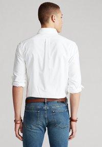 Polo Ralph Lauren - CUSTOM FIT  - Koszula - white - 2