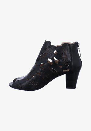 LOTTA  - Classic ankle boots - schwarz