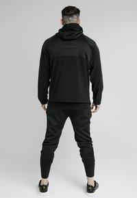 SIKSILK - TRANQUIL QUARTER ZIP - Camiseta de manga larga - black - 2