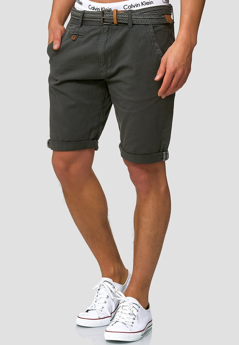 INDICODE JEANS - CASUAL FIT - Shorts - raven